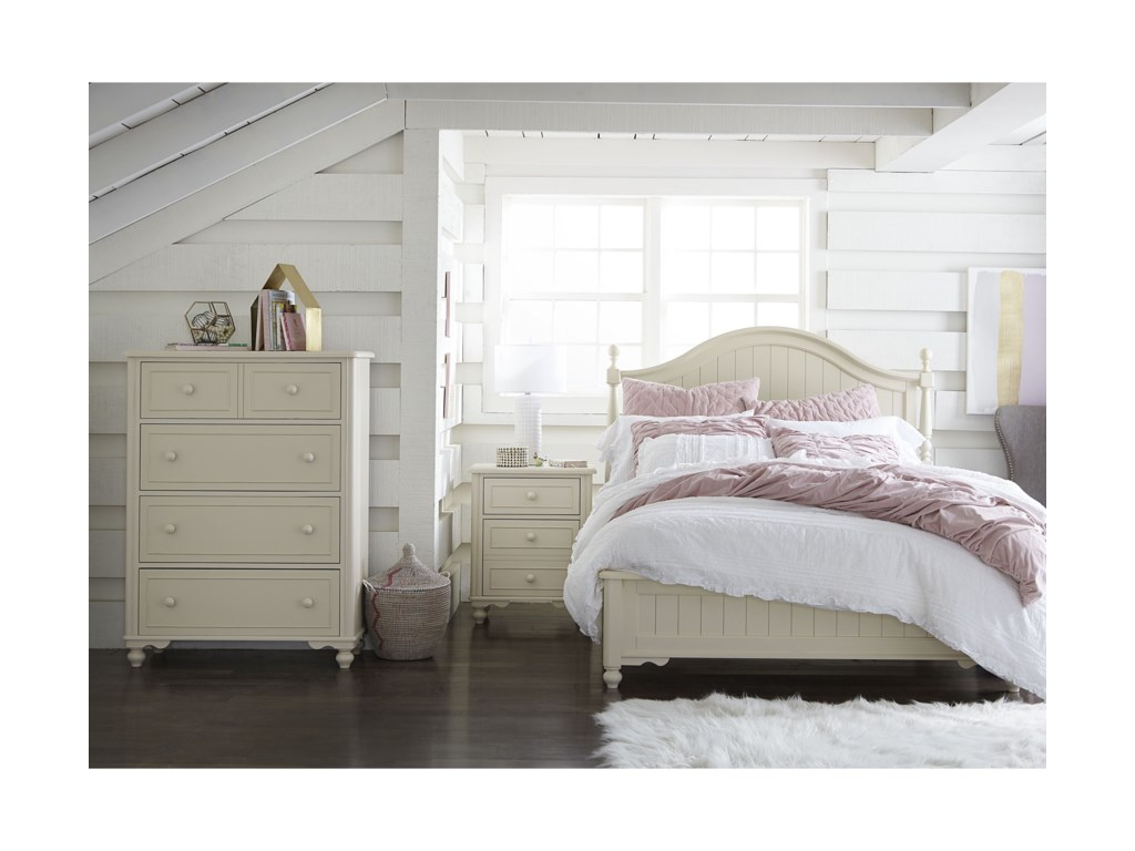 Legacy Classic Kids SummersetQueen Low Poster Bed