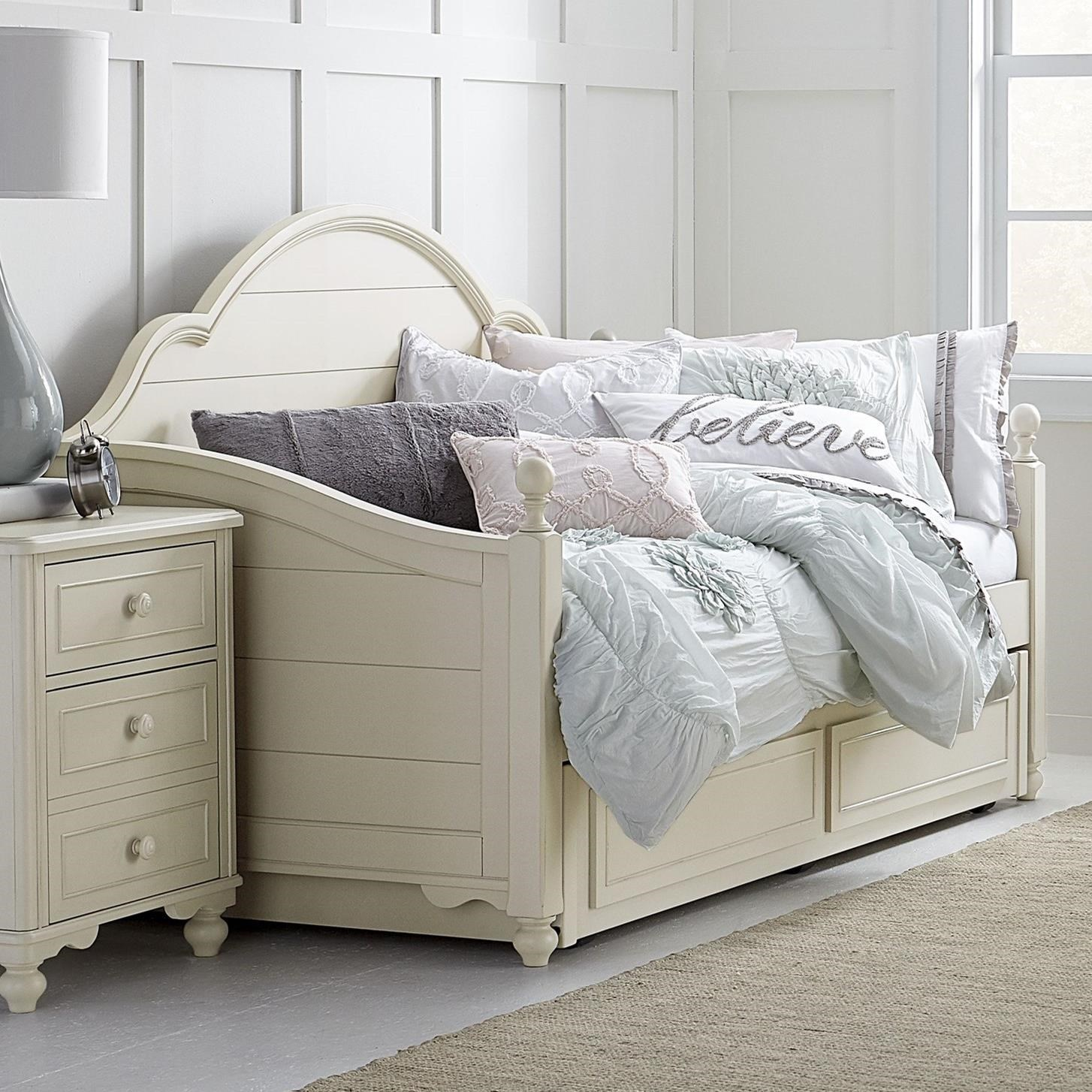 Legacy Classic Kids Summerset Panel Daybed With Trundle