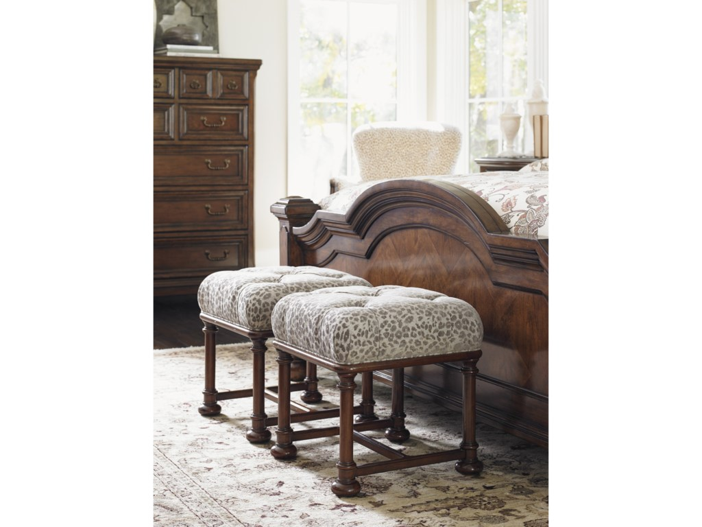 Lexington Lexington UpholsteryEaton Ottoman