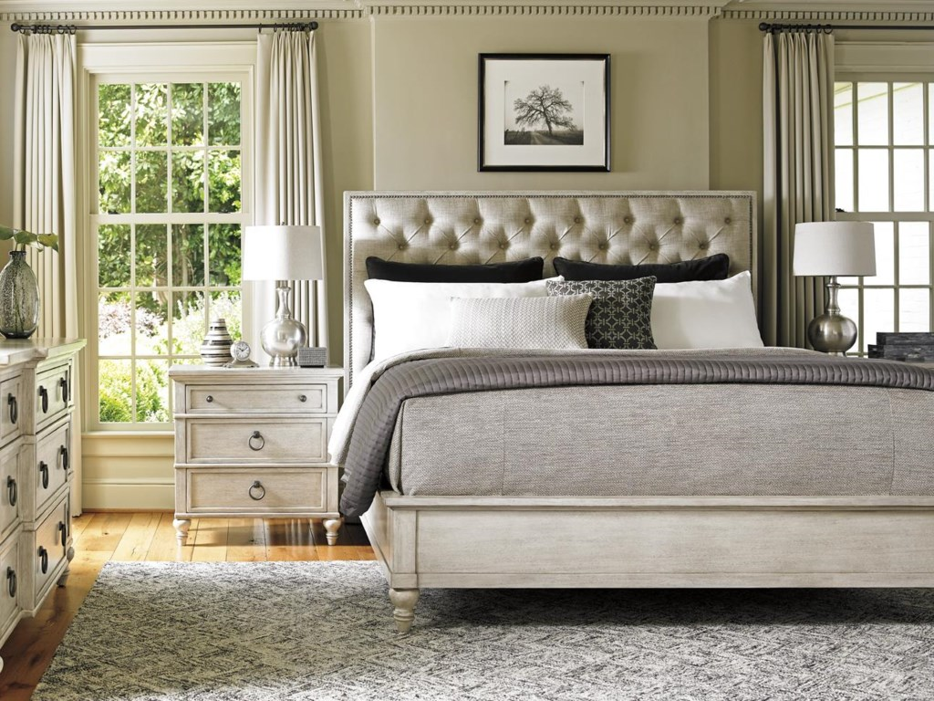 Lexington Oyster BaySAG HARBOR TUFTED HEADBOARD, QUEEN