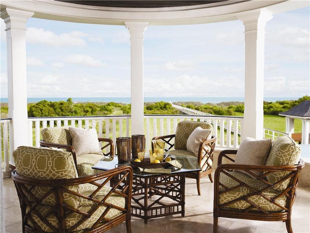Tommy Bahama Home Island EstatePalm Lounge Chair