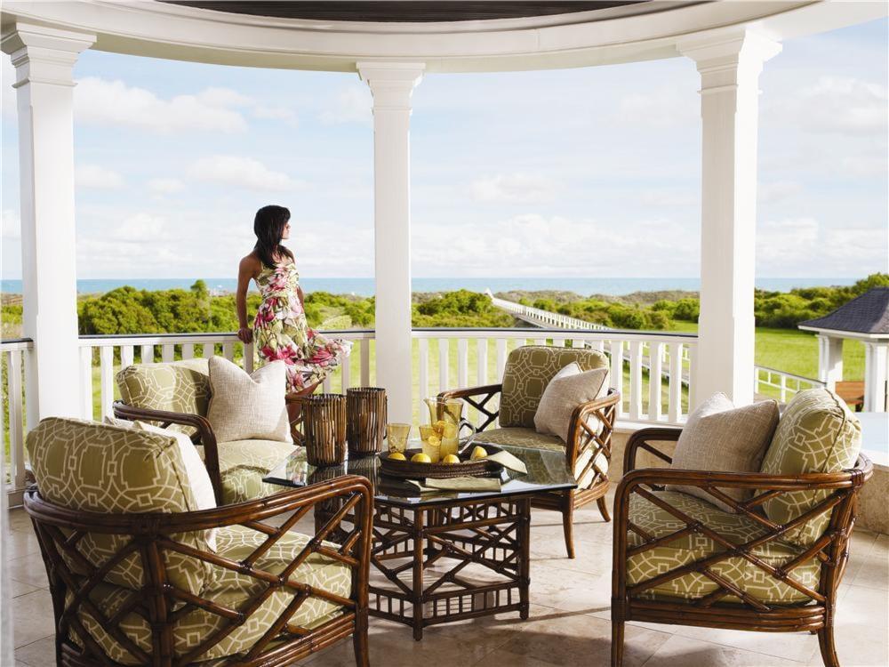 Tommy Bahama Home Island Estate Key Largo Cocktail Table