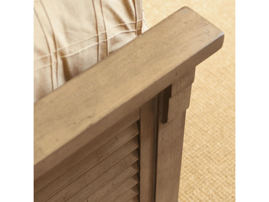 Detail of Louvered Panel Footboard Design with Bracket Corbel Ends