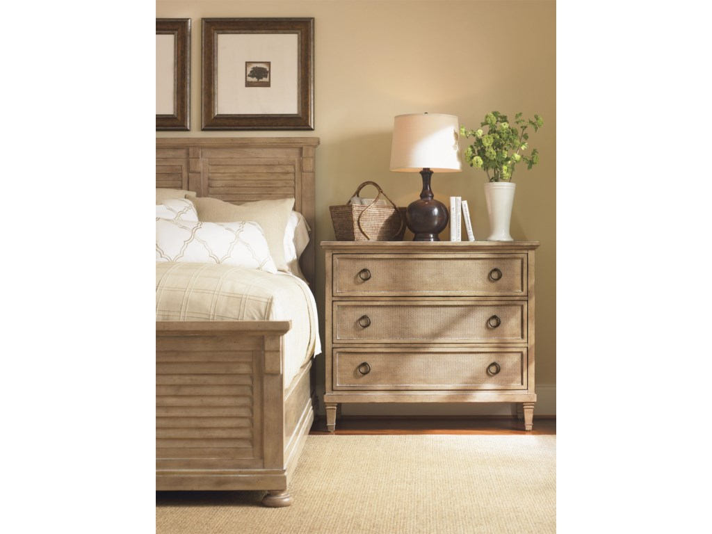 Shown with Cypress Point Bed