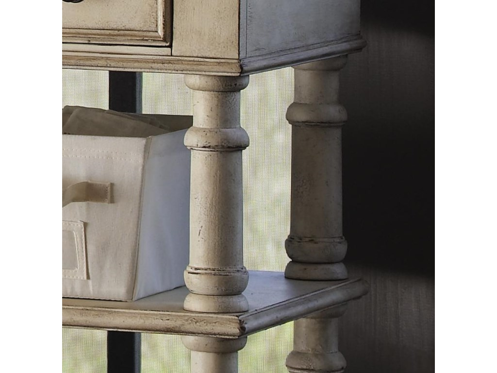 Beautiful Turned Post Details