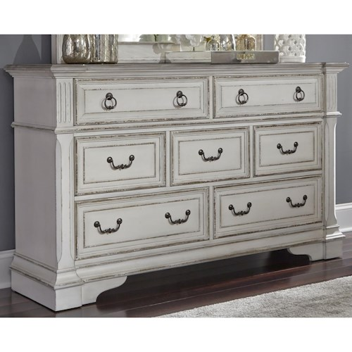 Liberty Furniture Abbey Park Traditional 7 Drawer Dresser with Felt Lined Top Drawers