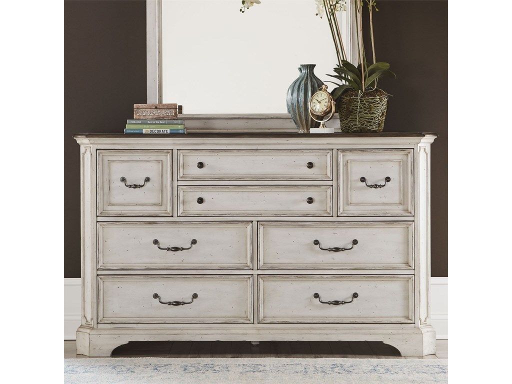 Liberty Furniture Abbey Road8-Drawer Dresser