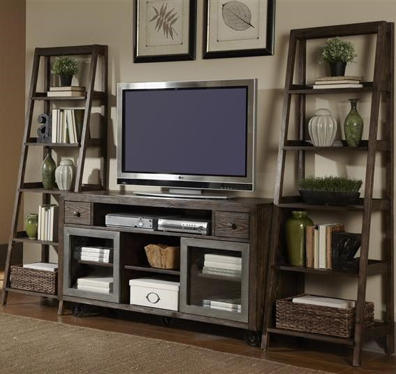 Liberty Furniture AvignonEntertainment Center with Piers Set
