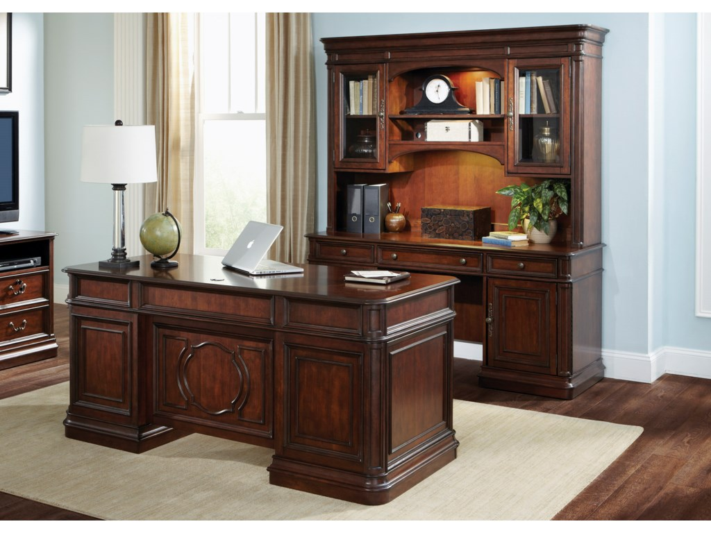 Liberty Furniture Brayton Manor Jr ExecutiveJr Executive Set