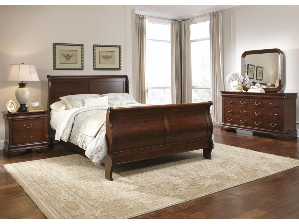 Liberty Furniture Carriage CourtQueen Sleigh Bed, Dresser & Mirror