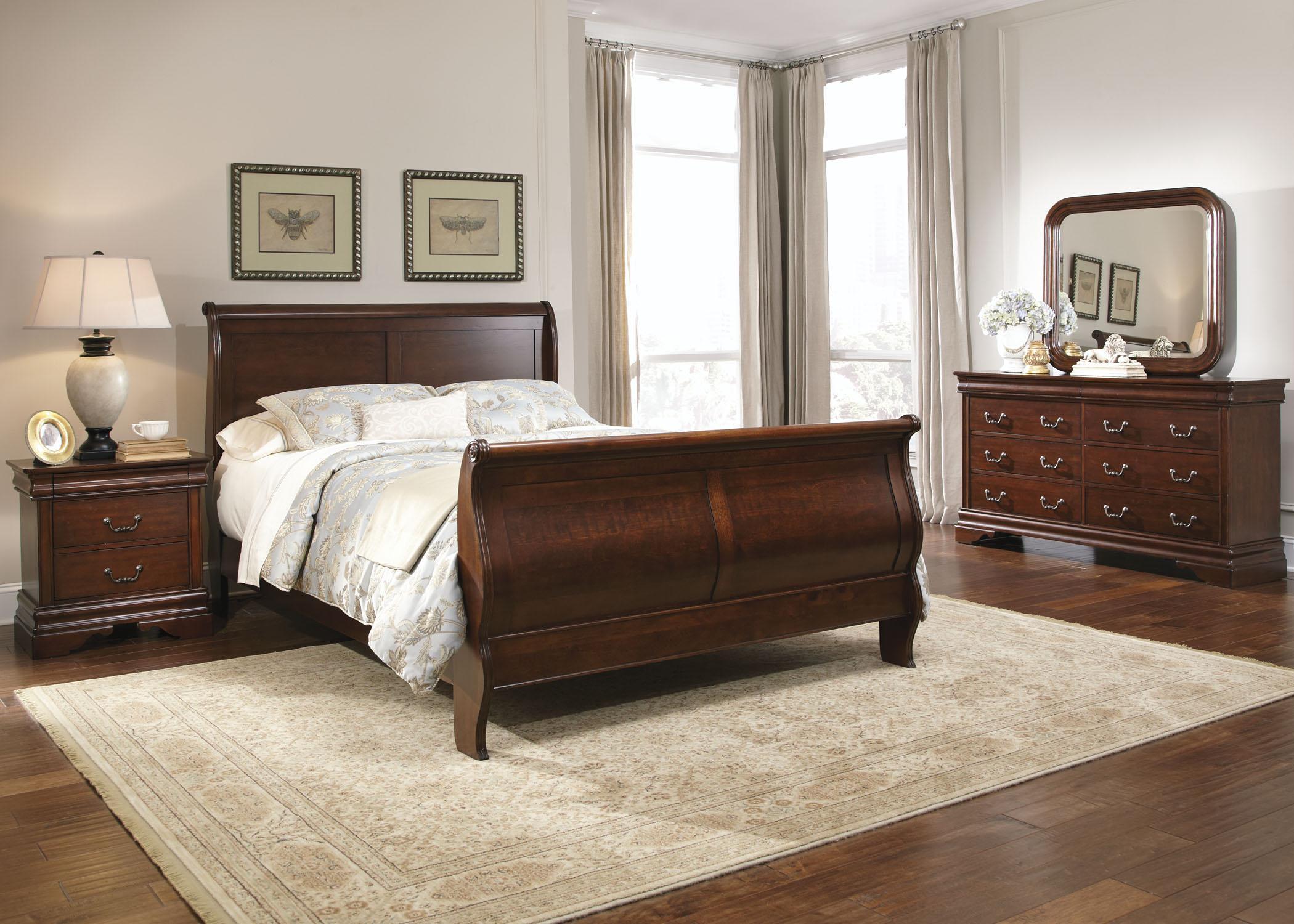 Queen Sleigh Bed, Dresser, Mirror, Chest, N/S