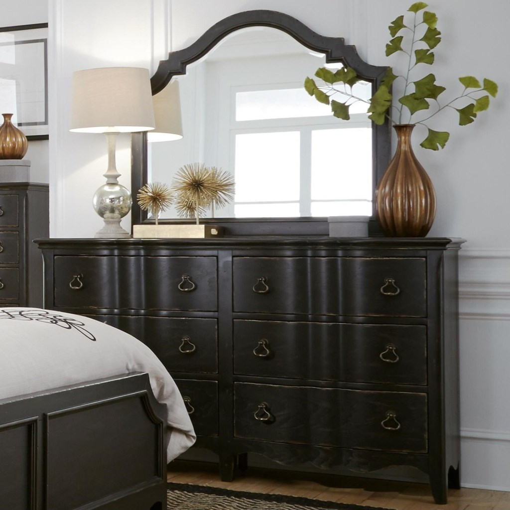 Chesapeake Relaxed Vintage Dresser And Mirror Combo Rotmans