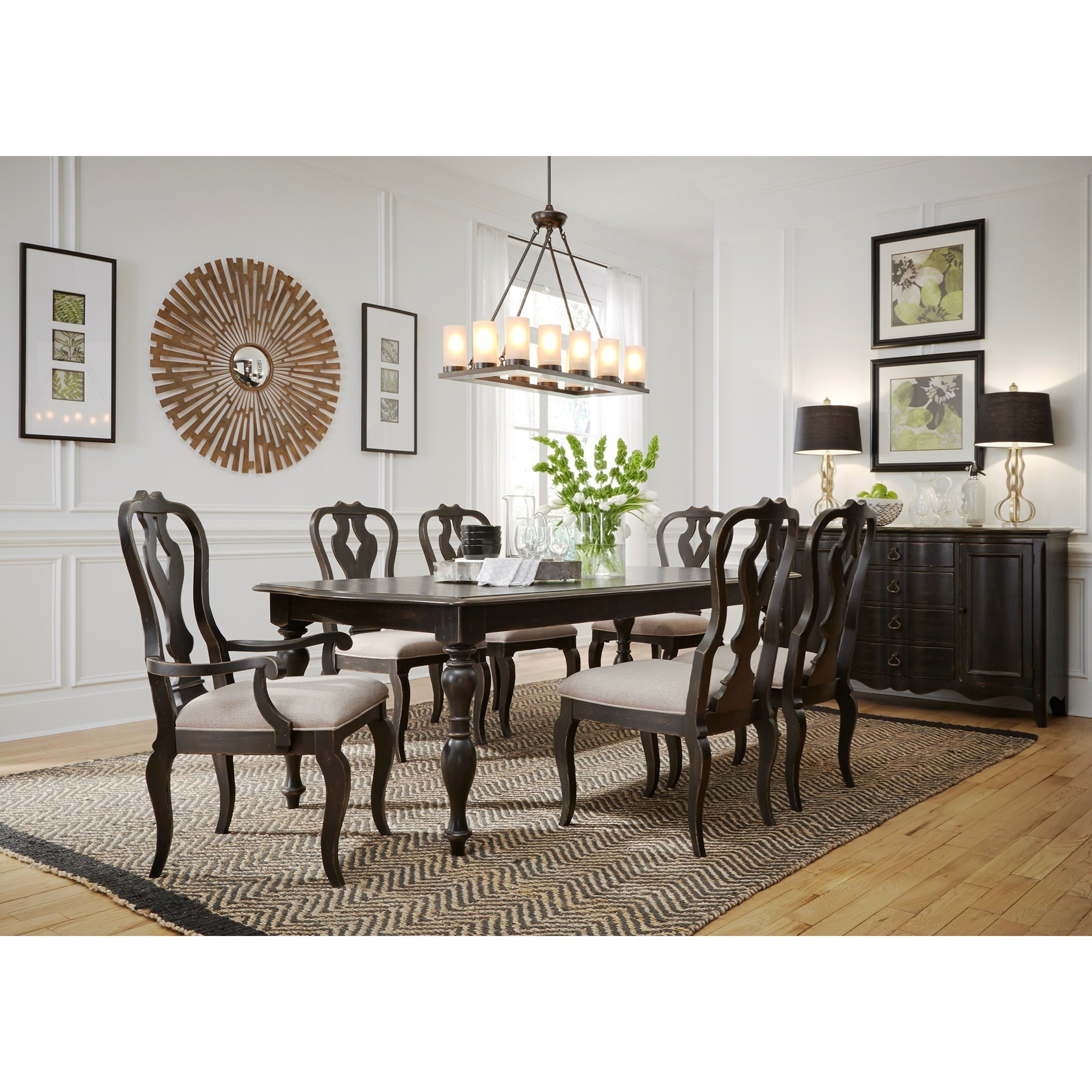 Relaxed Vintage Table and Chair Set