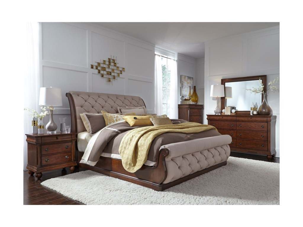 Liberty Furniture Cotswold Queen Bedroom Group