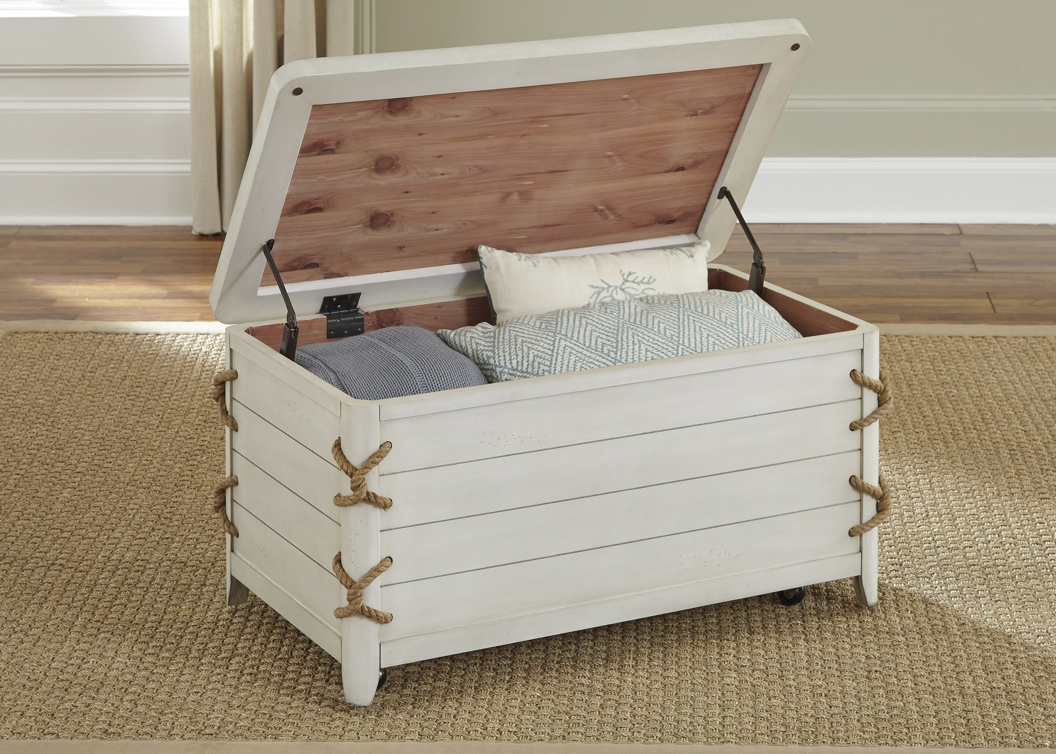 Superbe Liberty Furniture Dockside II Coastal Storage Trunk With Rope Accents