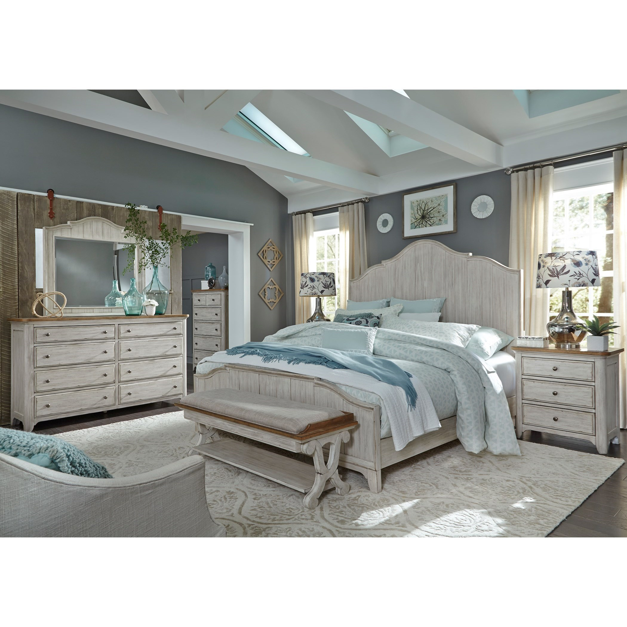 Sarah Randolph Designs Farmhouse Reimagined Queen Bedroom Group