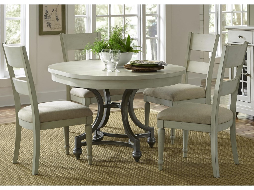 Harbor View Round Table and Chair Set