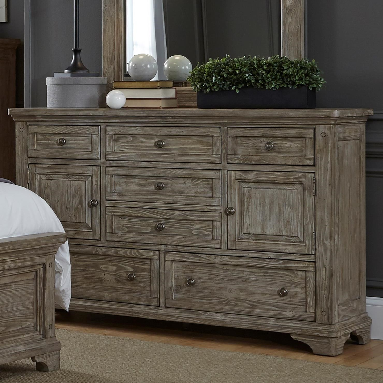 Etonnant Liberty Furniture Highlands 7 Drawer Dresser With 2 Doors