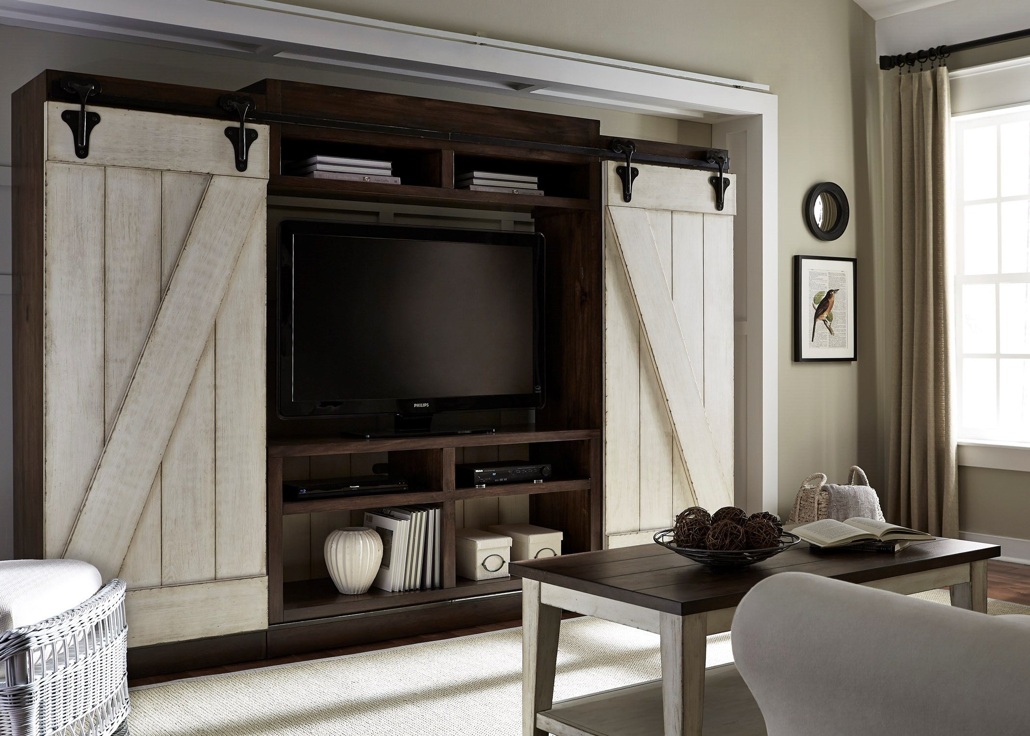 Liberty Furniture Lancaster Entertainment Center With Piers
