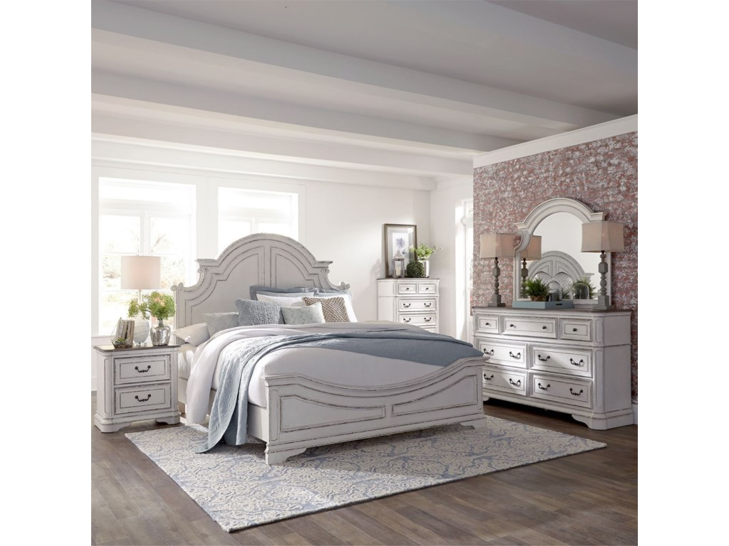 Liberty Furniture Magnolia ManorQueen Bedroom Group
