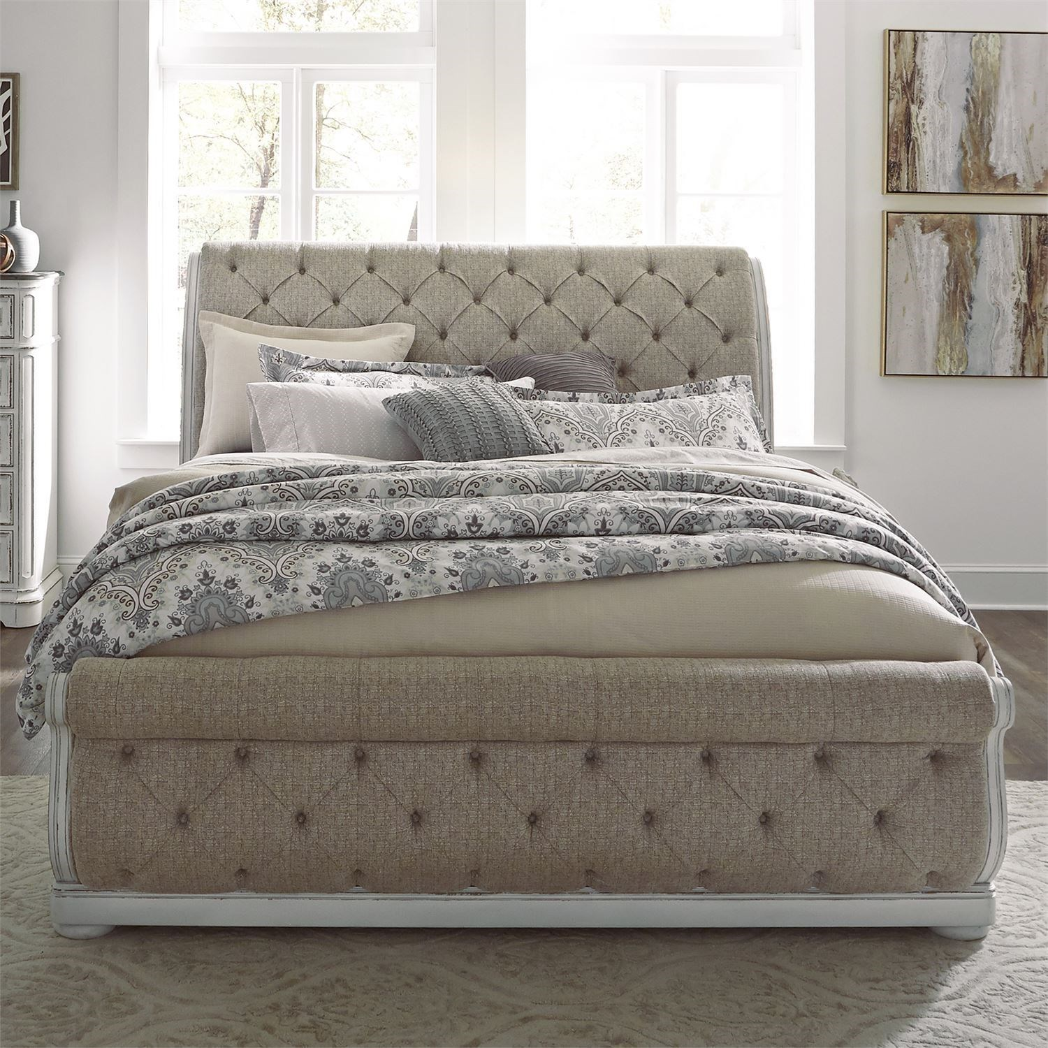Liberty Furniture Magnolia Manor Traditional Queen Upholstered Sleigh Bed With Button Tufted Head And Footboard Royal Furniture Sleigh Beds