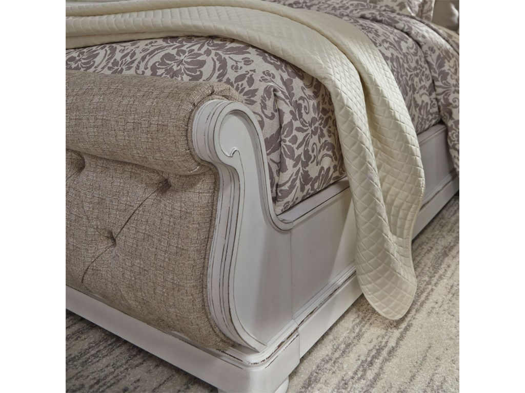Liberty Furniture Magnolia ManorQueen Upholstered Sleigh Bed