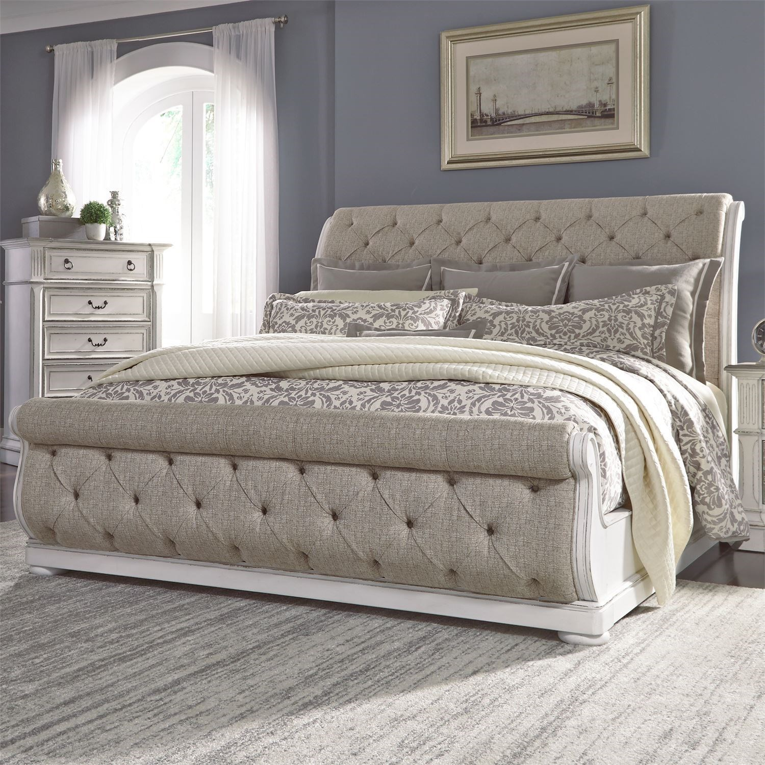 - Liberty Furniture Magnolia Manor Traditional Queen Upholstered