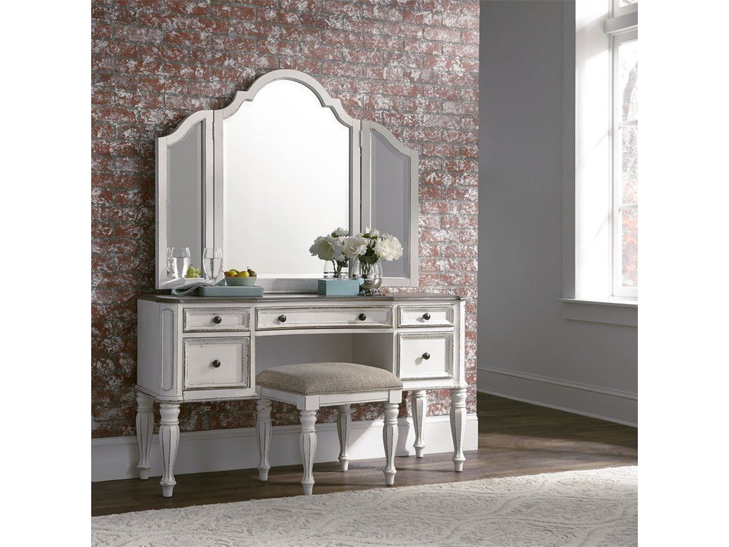 Liberty Furniture Magnolia ManorBedroom Vanity Set