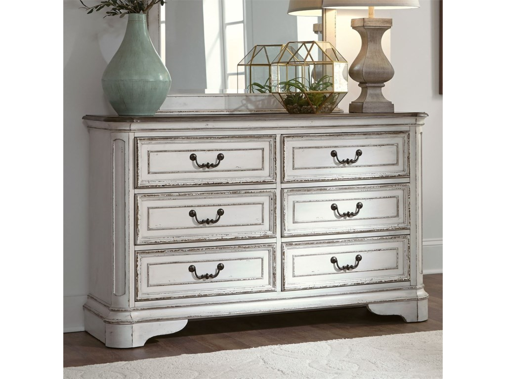 Liberty Furniture Magnolia Manor6 Drawer Dresser