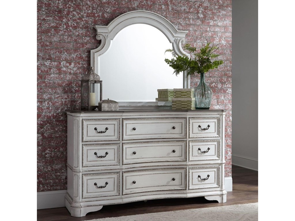Liberty Furniture Magnolia Manor9 Drawer Dresser and Mirror