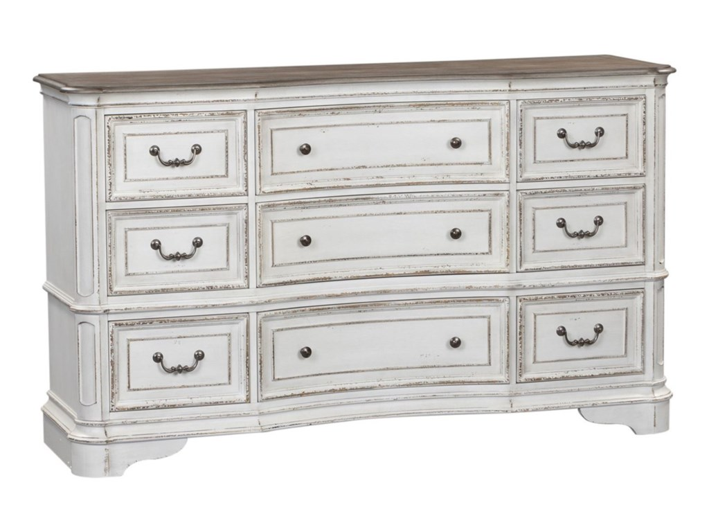 Liberty Furniture Magnolia Manor9 Drawer Dresser