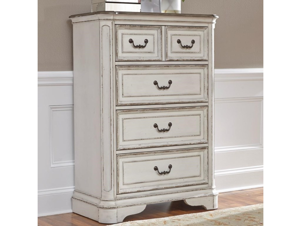 Liberty Furniture Magnolia Manor4 Drawer Chest