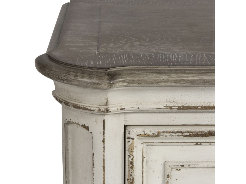Liberty Furniture Magnolia Manor5 Drawer Chest