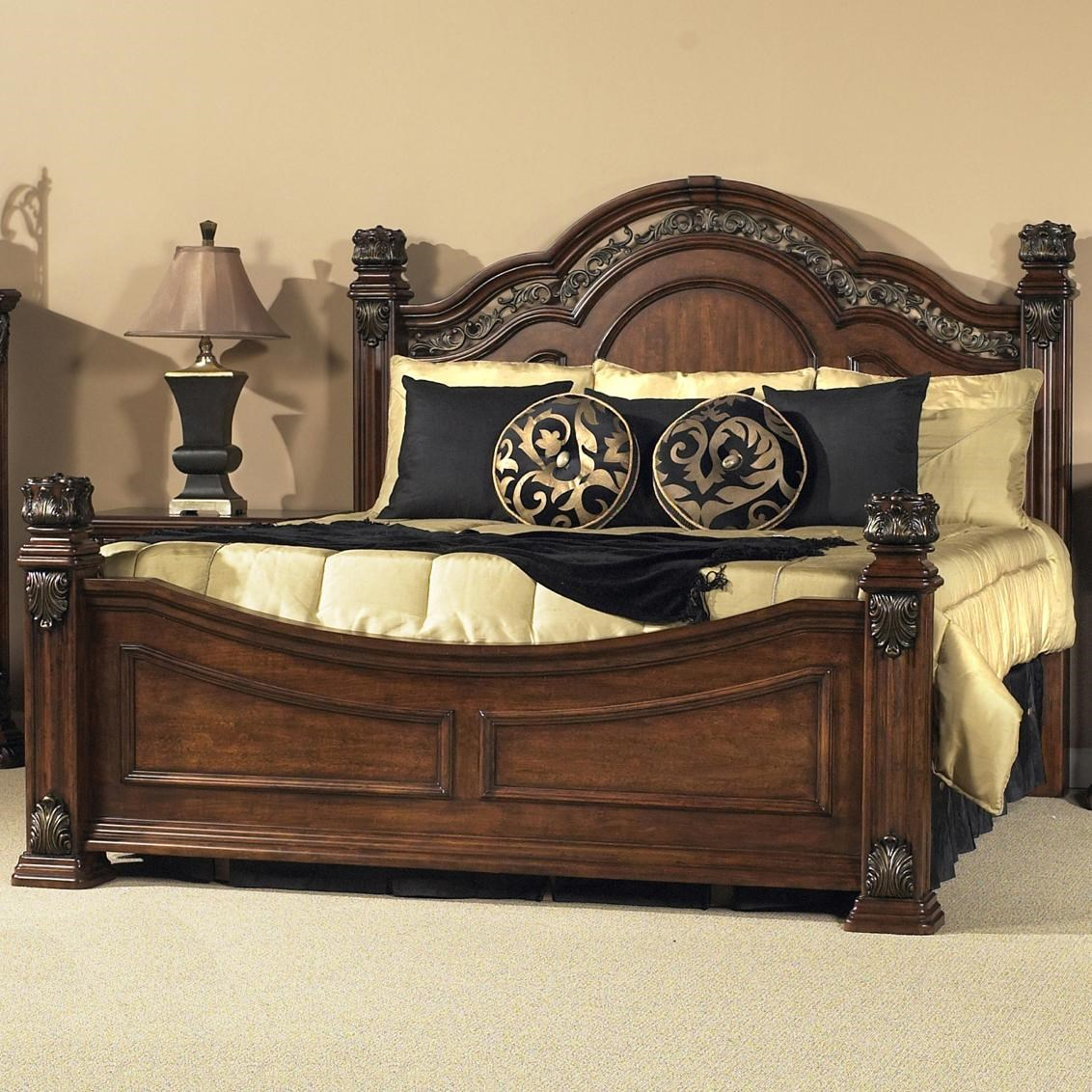 Liberty Furniture Messina Cherry Queen Poster Bed