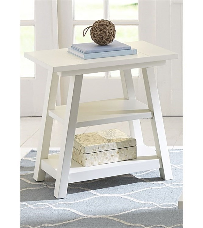 Liberty Furniture Summer House IChair Side Table