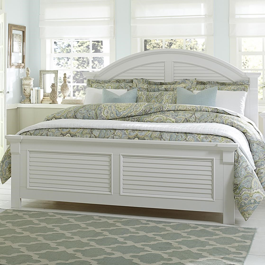 King Panel Bed with Louvered Accents