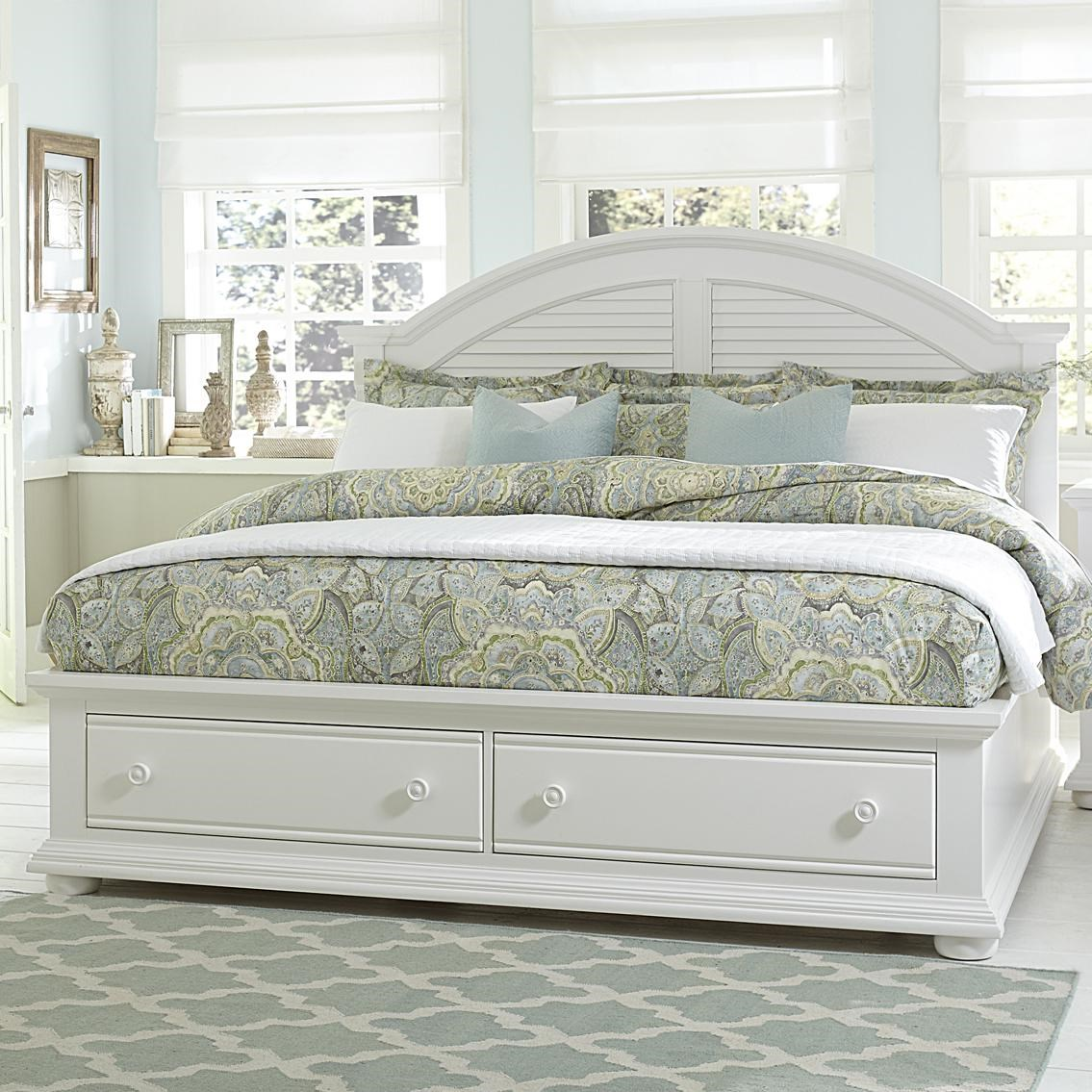 Liberty Furniture Summer House Cottage King Bed With Storage Footboard