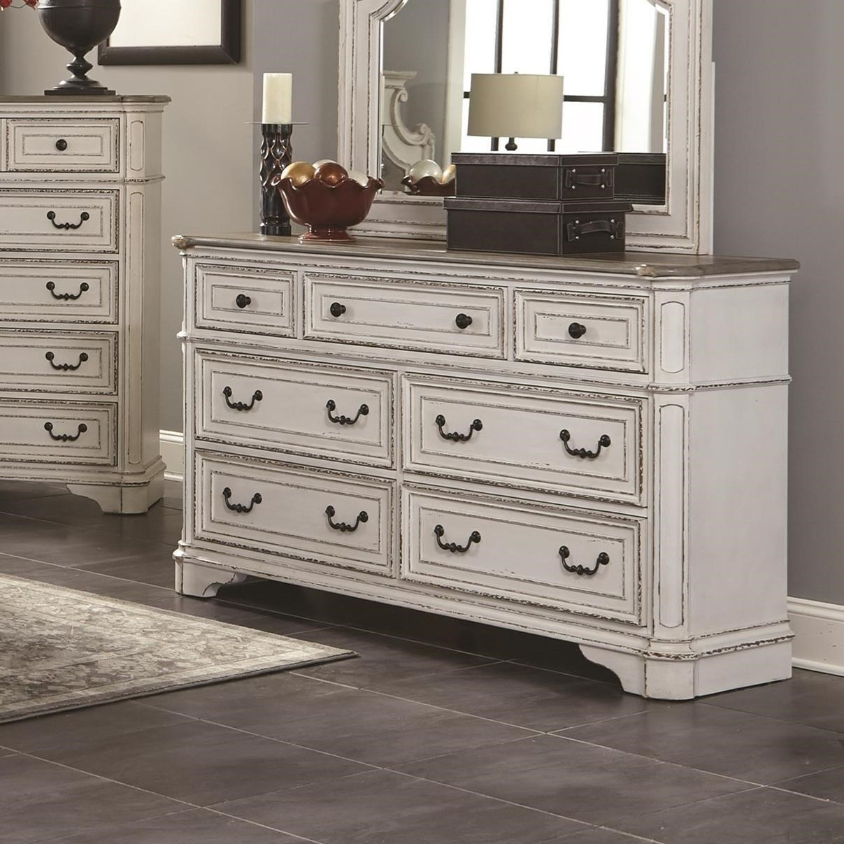 Lifestyle Magnifico Vintage Casual Dresser With Seven Drawers
