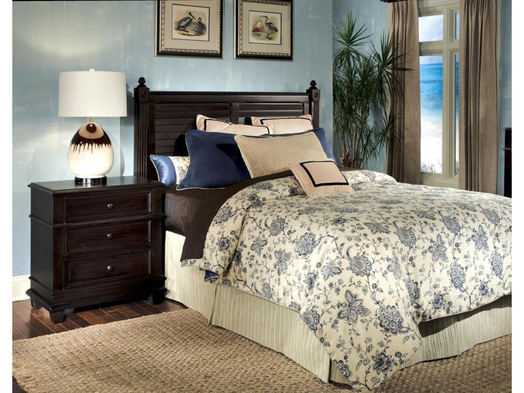 Linwood Furniture Villages of Gulf BreezeTwin Poster Headboard