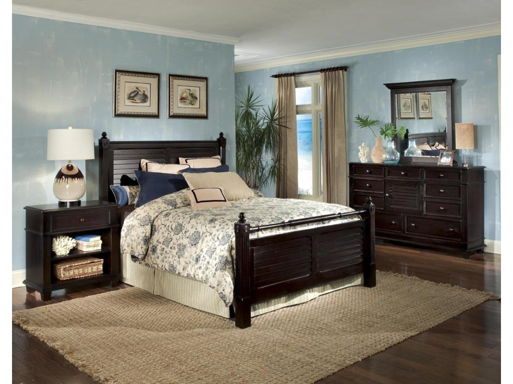 Linwood Furniture Villages of Gulf BreezeKing Poster Bed