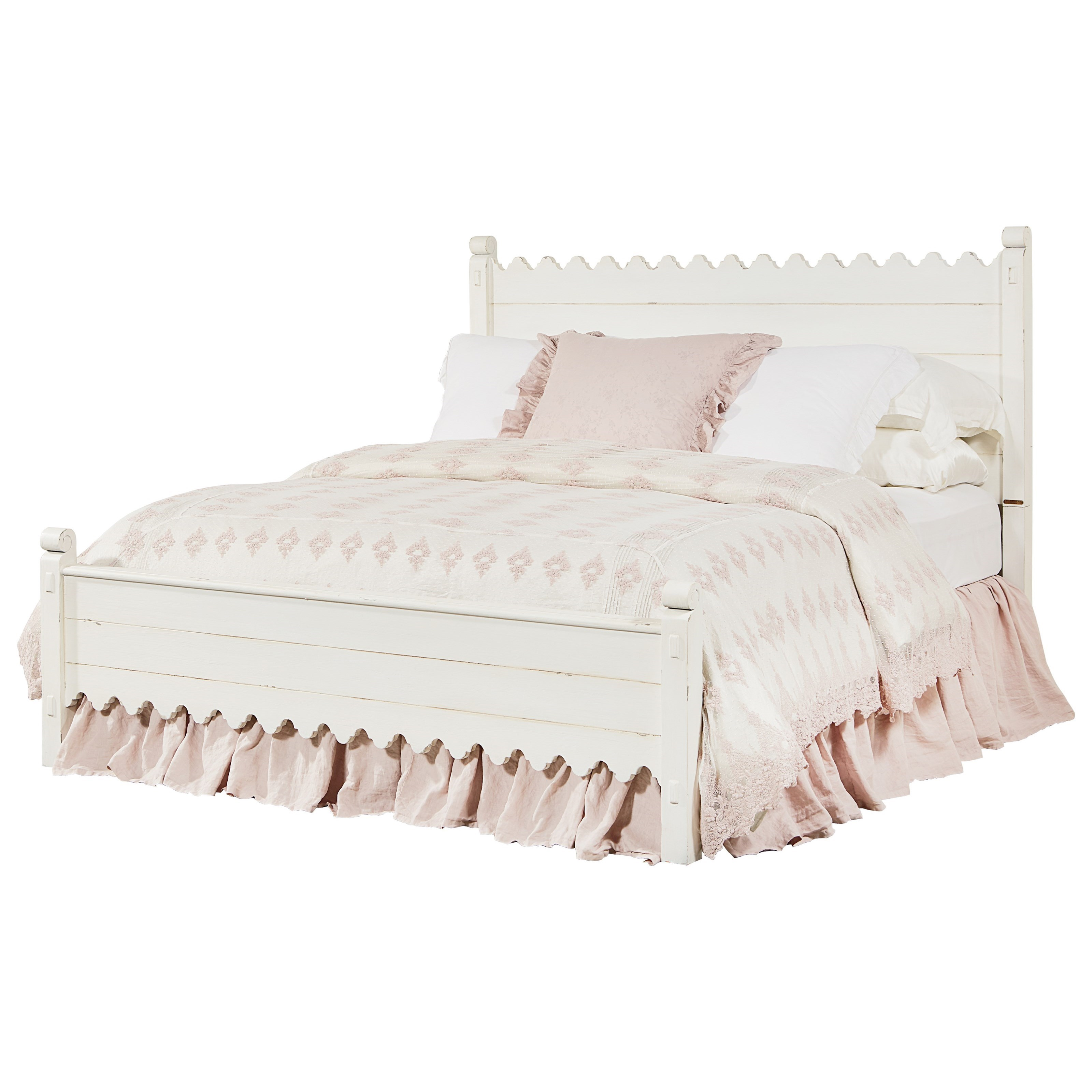 Magnolia Home By Joanna Gaines Farmhouse Queen Bed With Scallop Trimming