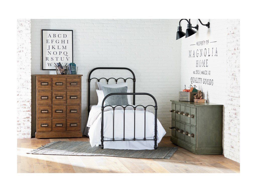 Magnolia Home by Joanna Gaines PrimitiveFull Metal Bed