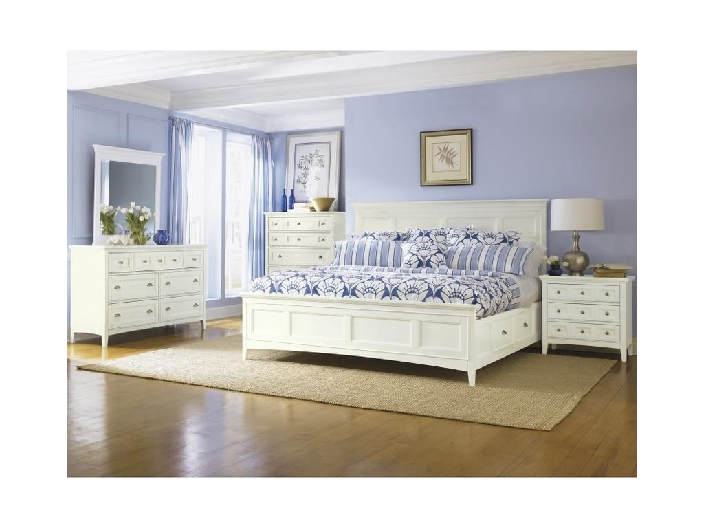 Magnussen Home KentwoodQueen Panel Bed with Storage Rails