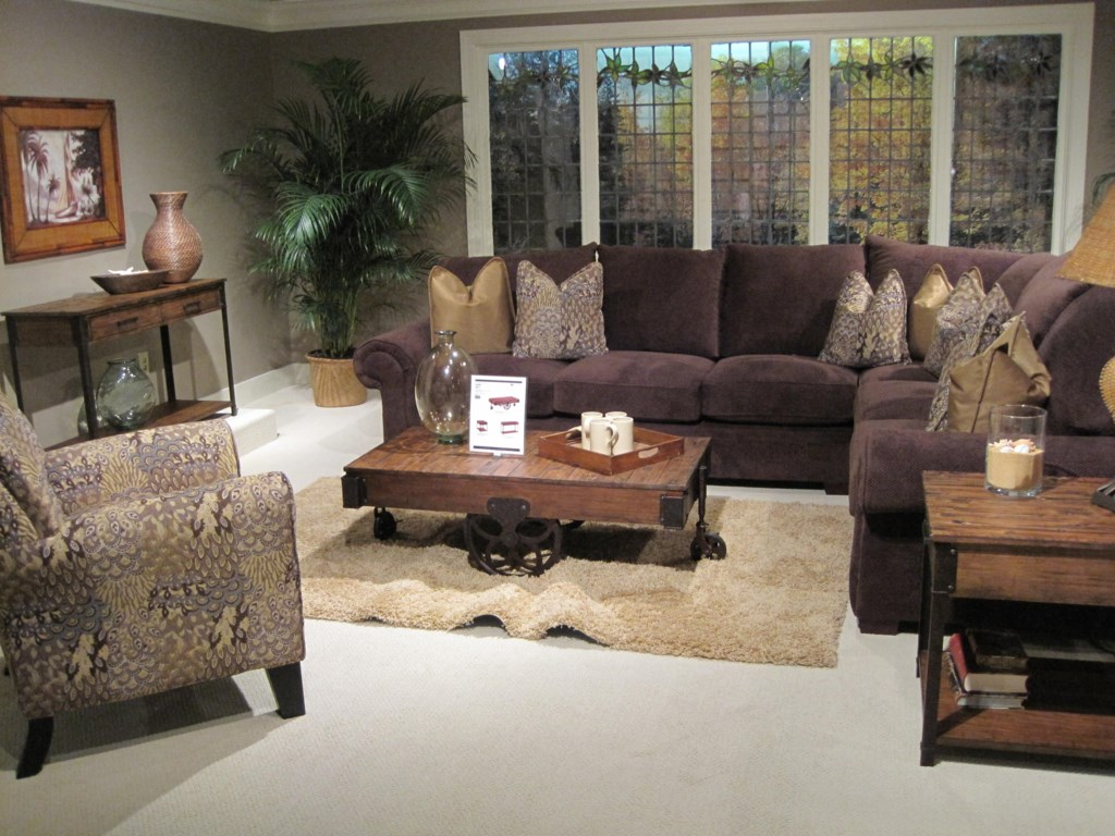 Shown with Rectangular End Table and Rectangular Sofa Table