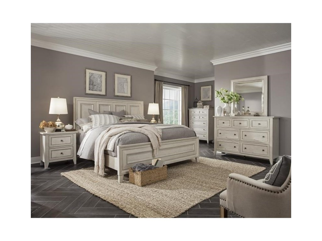 Magnussen Home RaelynnKing Wood Panel Bed