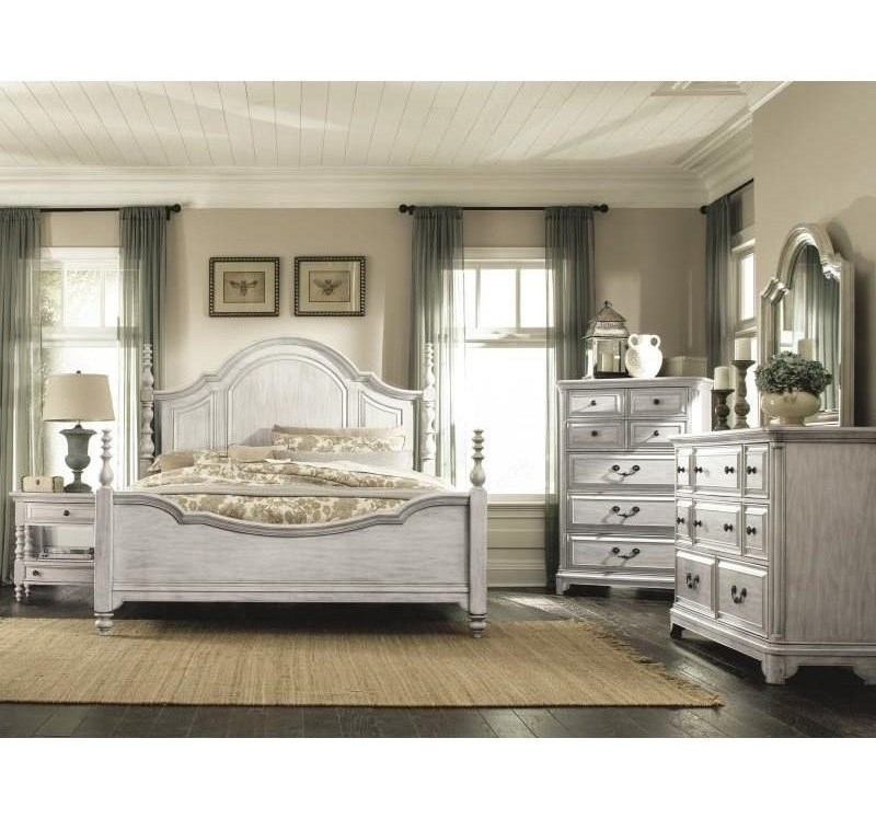 Magnussen Home Windsor LaneQueen Poster Bed
