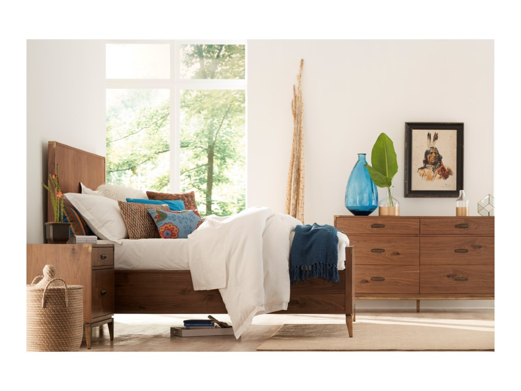 Modus International AdlerQueen Panel Bed