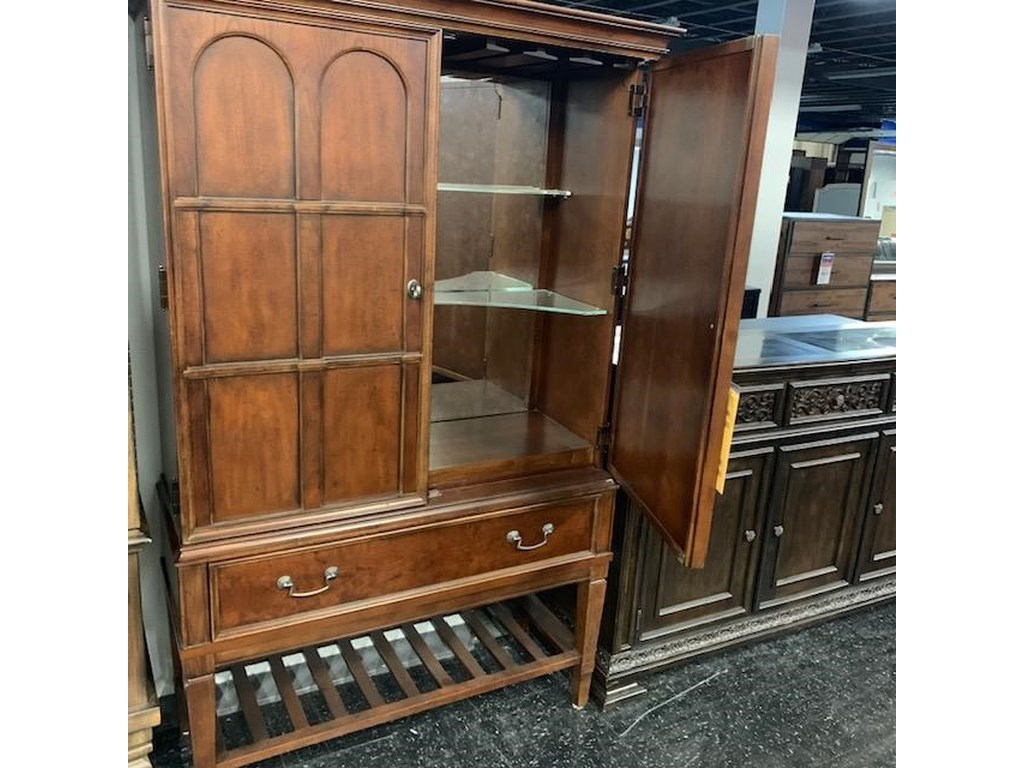 Legacy Classic CabinetCabinet! LAST ONE!