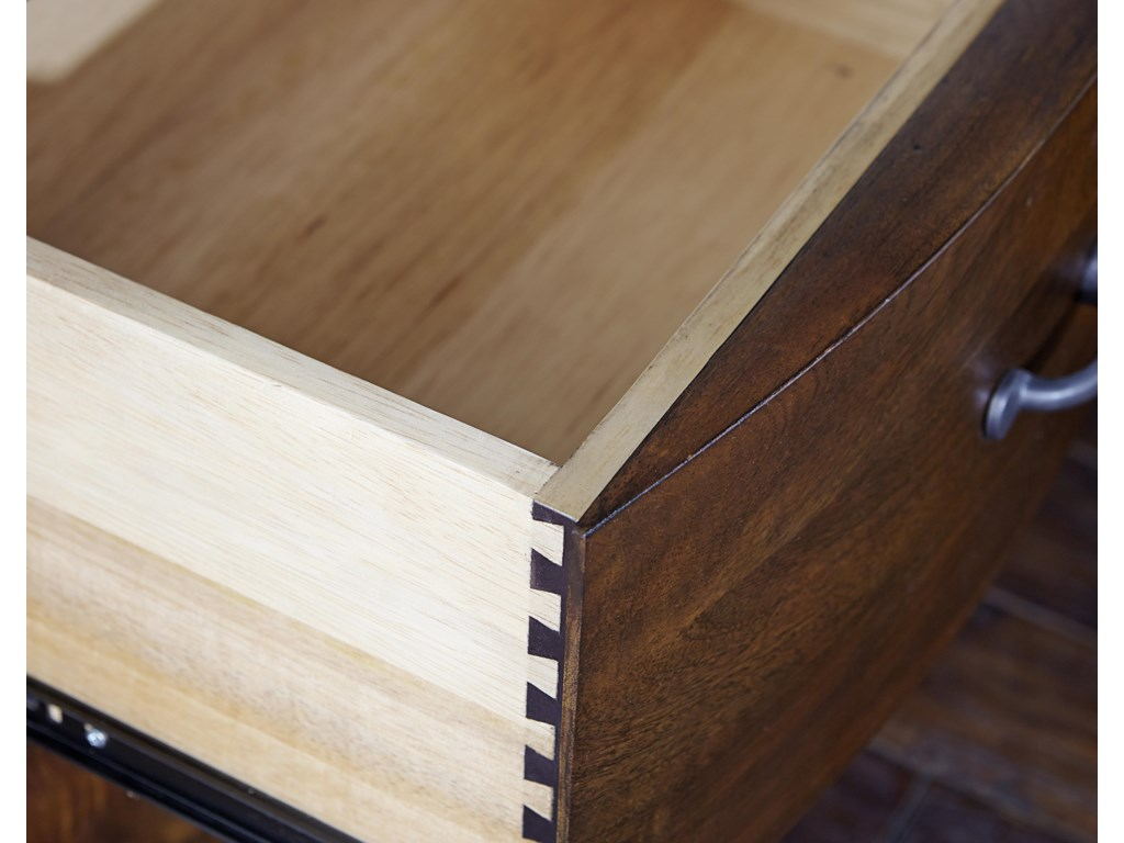 Napa Furniture Designs Whistler Retreat5 Drawer Chest