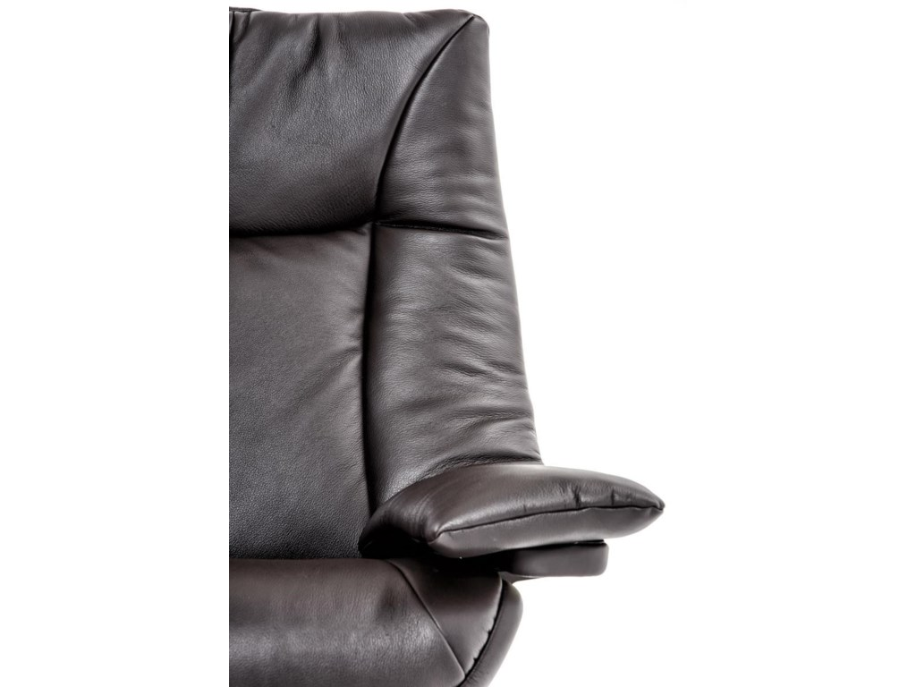 Natuzzi Re-vive 603 ModelUph Recliner Chair